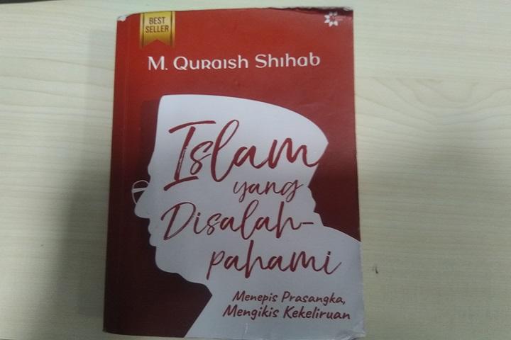 resensi buku islam yang disalahpahami. Sinopsis buku islam yang disalahpahami. Ulasan buku islam yang disalahpahami. Review buku islam yang disalahpahami